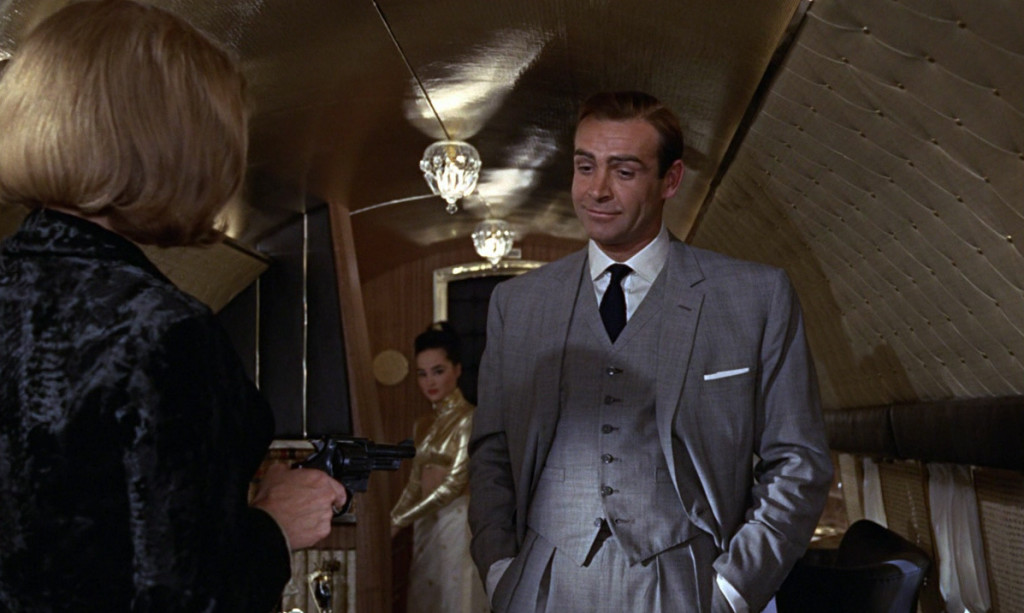 Goldfinger-james-bond-6182703-1197-716